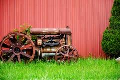 拖拉机葡萄酒 免版税图库摄影