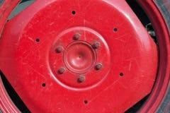 拖拉机详述灰色和红色 库存图片