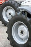 拖拉机轮胎 免版税库存照片