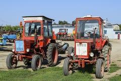 拖拉机 种植播种机弹簧的农业机械 图库摄影
