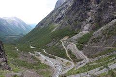 拖钓的道路(挪威语Trollstigen) 免版税库存图片