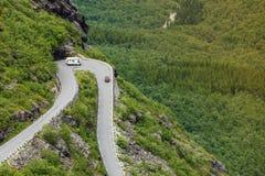 拖钓道路Trollstigen山路在挪威 免版税库存照片