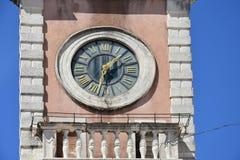 拘留所时钟在扎达尔 库存照片