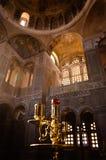 拜占庭式的教会内部正统 免版税图库摄影