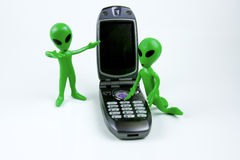 拜访手机的外籍人 库存照片