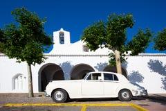 拜雷阿尔斯的Ibiza Sant卡莱斯de佩拉尔塔白色教会 库存照片