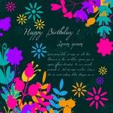 拟订祝贺邀请 愉快的生日 用花装饰 库存照片