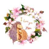 拥抱她的花卉花圈的猬婴孩 拟订在与文本我爱你妈妈的母亲节 水彩 免版税库存照片