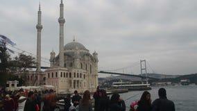 拥挤人民,伊斯坦布尔市,土耳其12月2016年, 影视素材