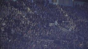拥挤体育体育场 股票录像