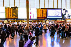 拥挤在主要火车站,终点,在罗马,意大利 图库摄影