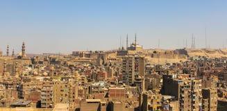 拥挤开罗鸟瞰图在埃及在非洲 免版税库存图片