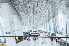 拥挤机场终端 免版税库存照片