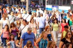 拥挤的街 免版税库存图片