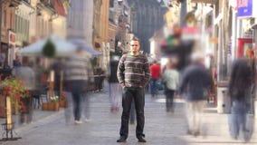 拥挤静立timelapse的移动的快速的近的人 影视素材