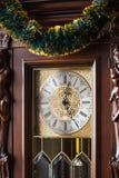 拨号盘时钟用新年诗歌选装饰 免版税库存图片