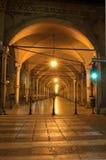 拱廊在波隆纳,意大利 免版税库存图片