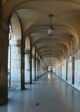 拱廊大理石石头 免版税库存照片