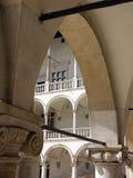拱廊新生 库存照片