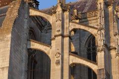 拱式扶垛在Beaubais大教堂里  库存照片