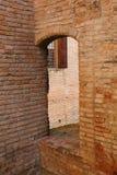 拱道在古老堡垒在维尼奥拉 库存图片
