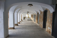 拱廊在梅里达,西班牙 免版税库存照片