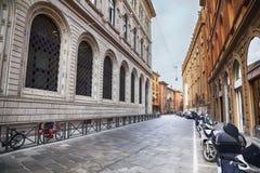 拱廊在波隆纳,意大利 库存图片