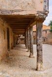 拱廊amd老房子在Calatanazor,索里亚,西班牙 免版税库存图片