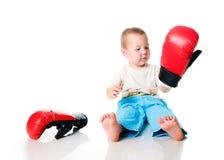 拳击男孩逗人喜爱的手套 免版税库存照片
