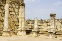 拳头世纪犹太犹太教堂的被挖掘的废墟 免版税图库摄影