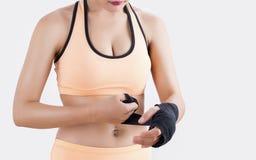 拳击妇女的身体局部 图库摄影