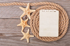 拷贝空间和绳索的纸 免版税库存图片