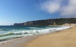 拿沙利是一五颜六色的渔村在葡萄牙中部 库存图片