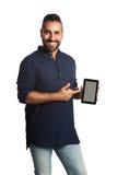 拿着一个无线数字式读者的人 免版税库存照片