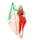 拿着一面大葡萄牙旗子的美丽的白肤金发的妇女 库存图片