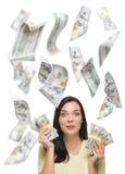 拿着与许多的愉快的妇女$100张票据下跌  库存图片