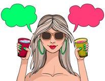 拿着与饮料的逗人喜爱的女孩一块玻璃 做在明亮的颜色 库存例证