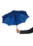拿着伞的手 库存图片