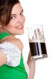 拿着啤酒的妇女 图库摄影