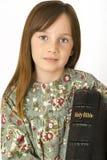 拿着圣经的幼儿 免版税库存图片