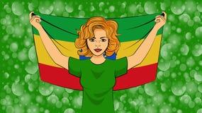 拿着埃塞俄比亚的一面国旗的白肤金发的女孩 库存例证