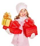 拿着大白色圣诞节球的子项。 免版税图库摄影