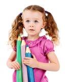 拿着大蜡笔的学龄前女孩 免版税库存照片