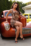 拿着旧车改装的高速马力汽车 免版税库存图片