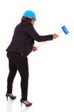 拿着爆破锤子-黑peop的非裔美国人的妇女 免版税库存图片
