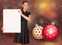 拿着空的纸的女实业家 圣诞节我的投资组合结构树向量版本 库存照片