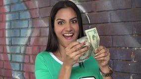 拿着金钱的妇女 股票录像