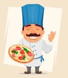 拿着鲜美薄饼的厨师厨师 逗人喜爱的漫画人物、微笑的厨师专业制服的和蓝色帽子 皇族释放例证