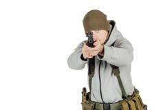 拿着黑枪的反叛者或私有军事承包商 战争,胳膊 免版税图库摄影