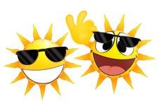 拿着玻璃的微笑的太阳意思号 库存图片